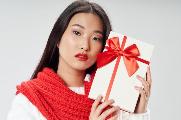 Mujer asiática posando modelo Foto Premium