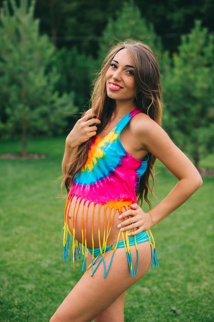 3d0e64082573 Mujer embarazada en traje de baño   Descargar Fotos premium