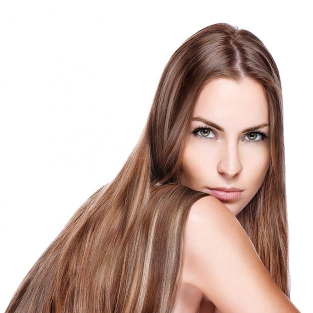 Mujer con pelo largo y liso. Foto Premium