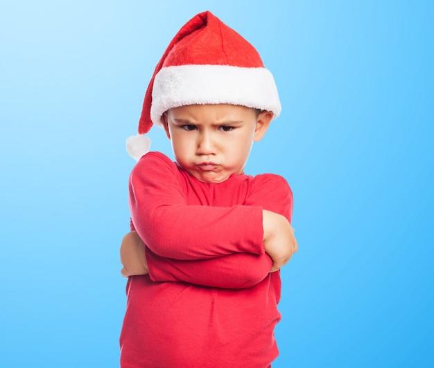 Ni o peque o infeliz con fondo azul descargar fotos gratis - Foto nino pequeno ...