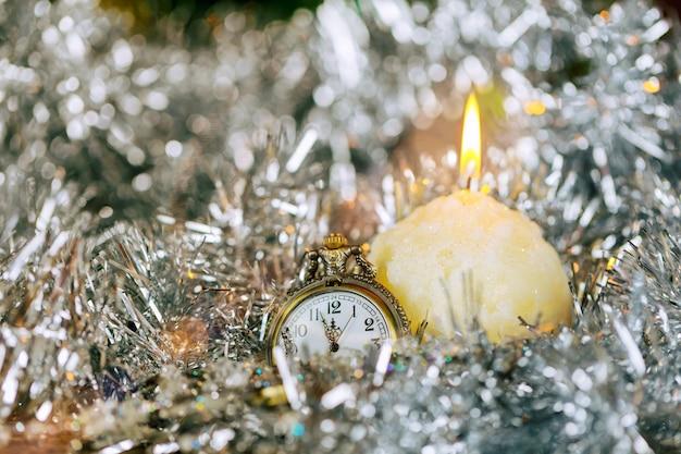 Nochevieja Y Nochebuena Decoración Navideña Y Reloj Vintage