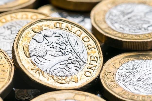 Nueva moneda británica de una libra Foto Premium