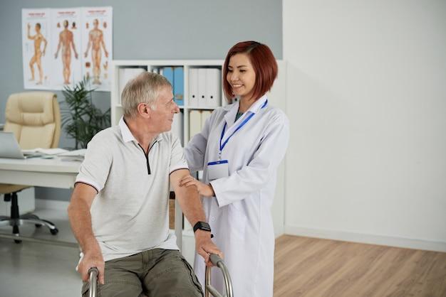 Paciente de apoyo Foto gratis