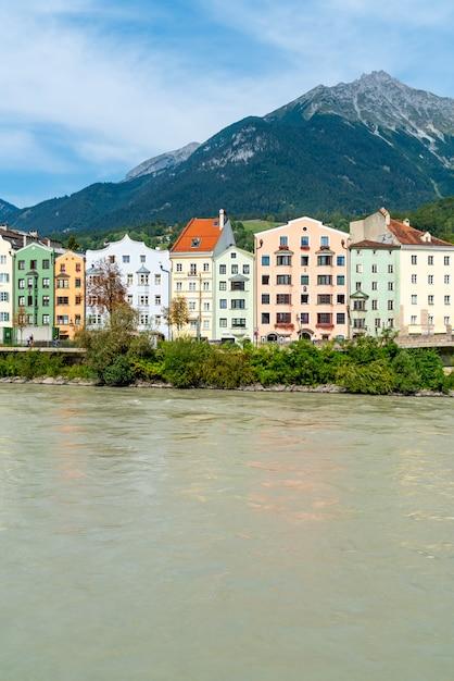 Paisaje urbano de innsbruck, austria. Foto Premium