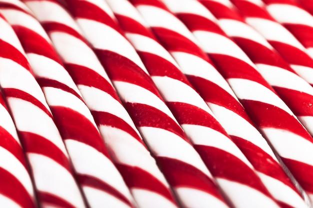 Pajitas a rayas rojas y blancas. Foto gratis