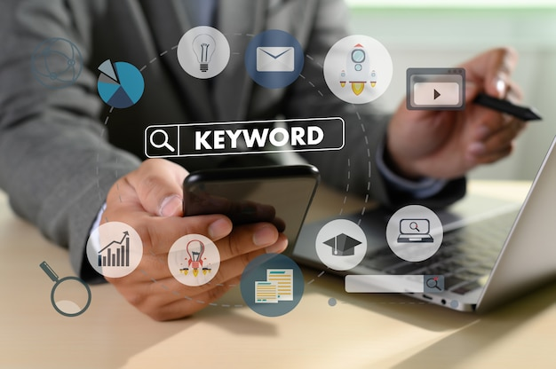 Palabras clave investigación comunicación Foto Premium