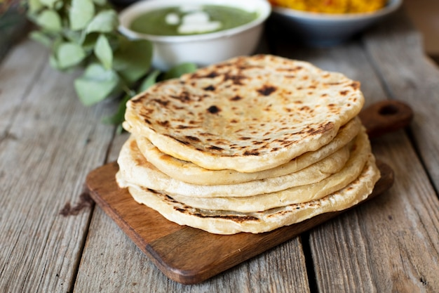 Pan de primer plano cocinado al estilo indio Foto gratis