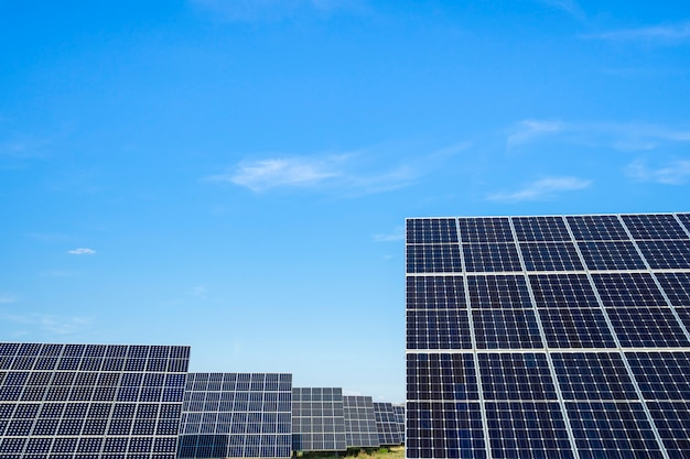 Panel de energía solar. concepto de energía solar alternativa. Foto Premium