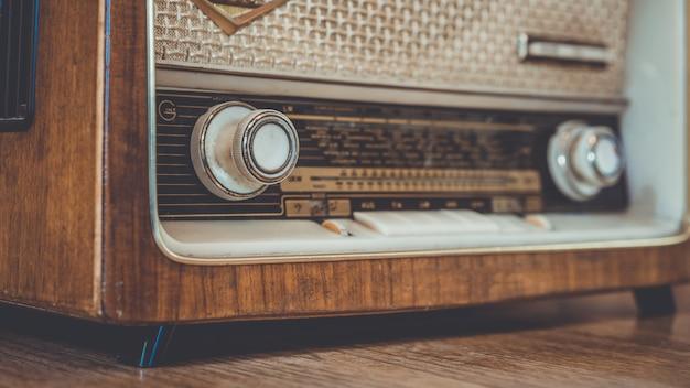 Panel de reproductor de música de radio vintage Foto Premium