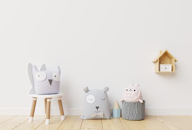 Pared en la habitación de los niños en la pared blanca. Foto Premium