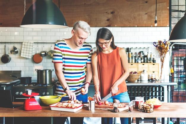 Pareja cocinar hobby estilo de vida concepto Foto Premium