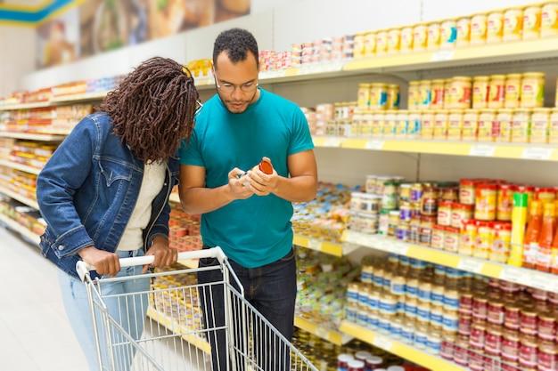 Los protagonistas son los productos españoles en los supermercados.