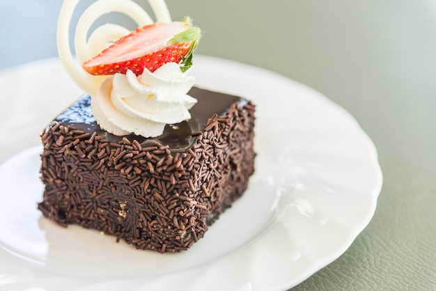 Pastel de chocolate de postre Foto gratis