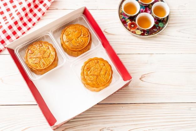 Pastel de luna chino para el festival chino de medio otoño Foto Premium