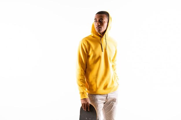 Patinador afroamericano hombre Foto Premium