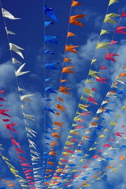 Pennons decorativos de festas juninas. Foto Premium