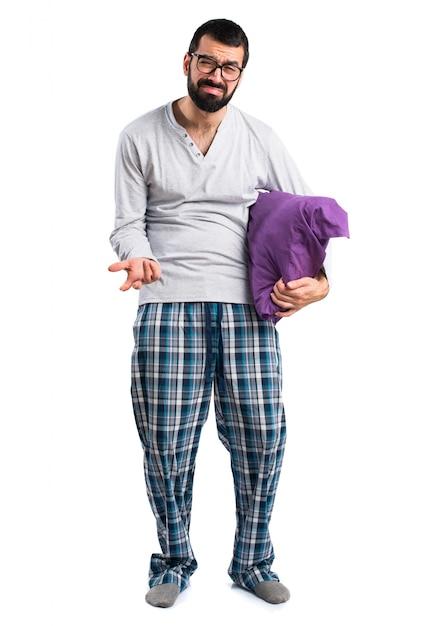 Pijamas ocasionales ropa almohada barba | Descargar Fotos gratis