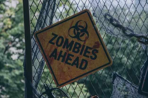 Placa de identificación de zombies adelante para halloween Foto Premium