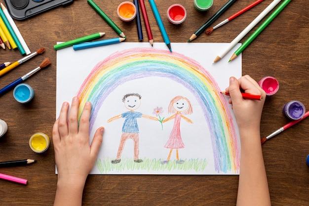 Plano de dibujo de manos Foto gratis