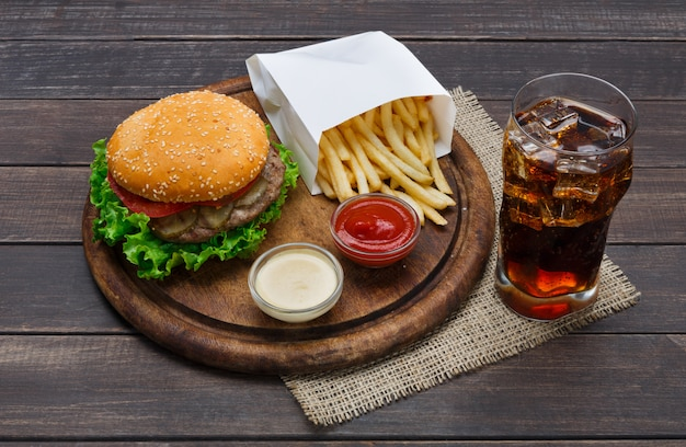 Plato de comida rápida Foto Premium
