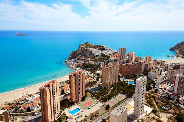 Playa de benidorm poniente en alicante españa Foto Premium