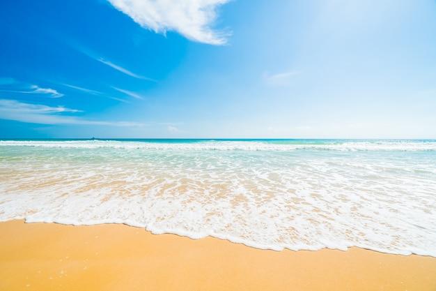 Playa y mar Foto gratis