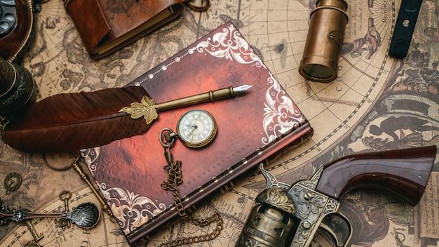 Pluma pluma con libro diario Foto Premium