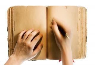 por escrito en un libro Foto Gratis