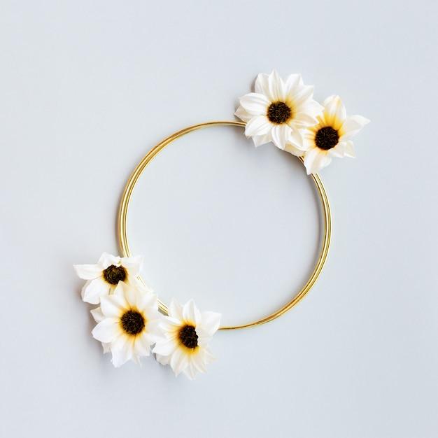 Precioso saludo floral de boda Foto gratis
