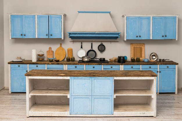 Primer plano de la cocina interior del apartamento Foto gratis