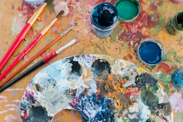 Primer plano del concepto de pintura artística Foto gratis