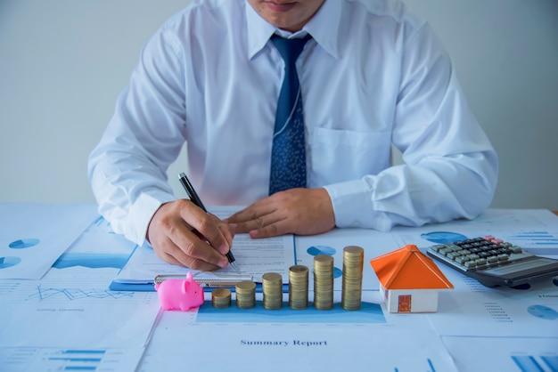 Un Firmar Primer Venta Nuevo Propietario Contrato Plano De E2eDYbWH9I