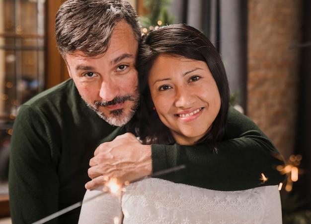Primer plano, pareja mayor, caricias Foto gratis