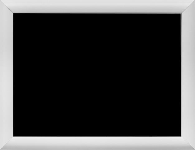 Primer plano de pizarra rectangular en blanco con borde gris Foto gratis