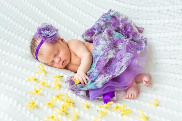 Princesa bebé recién nacido Foto Premium