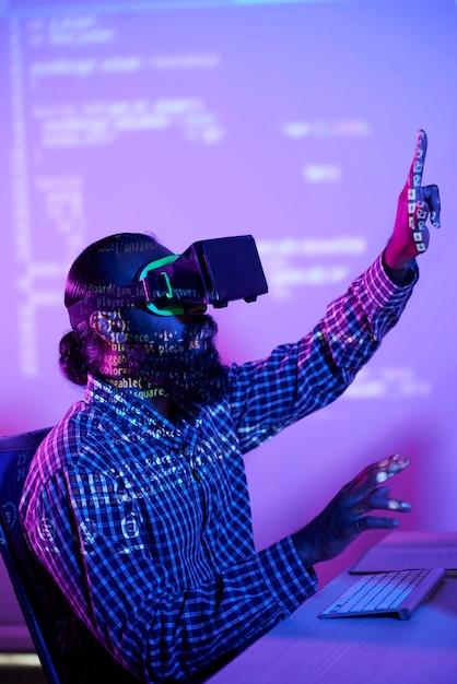 Programación virtual con gafas vr Foto gratis