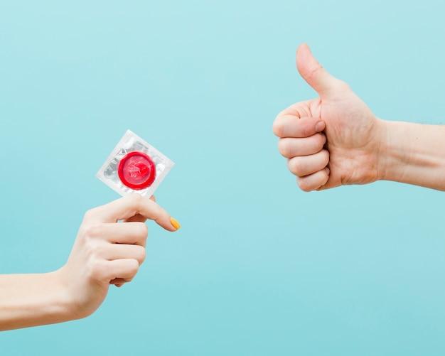 Representación del concepto de anticoncepción con espacio de copia Foto gratis