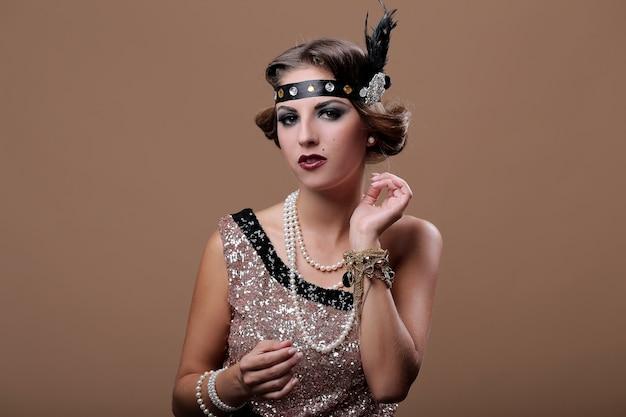 Retrato de mujer fiesta serios Foto gratis
