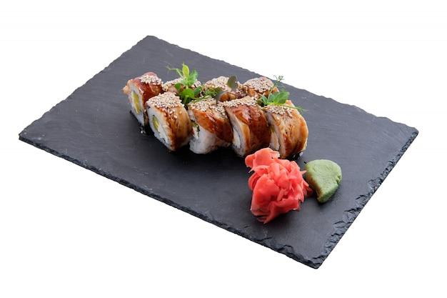 Rollos con anguila aislado Foto Premium