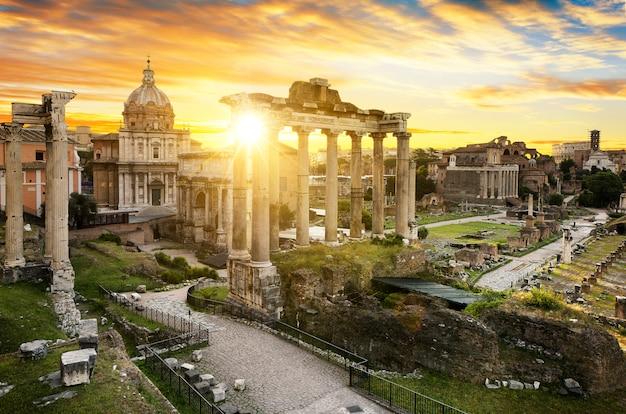Roma ciudad bu sunrise italia Foto Premium