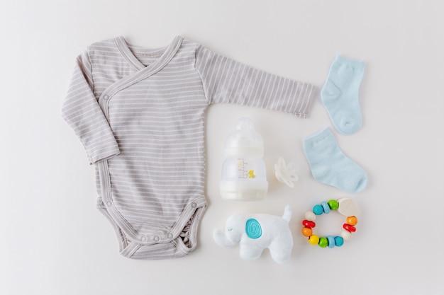Ropa de bebé Foto gratis
