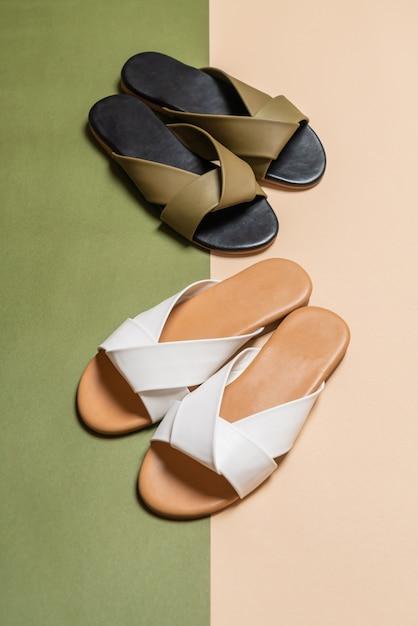 color atractivo precio bajo comprar baratas Sandalias de cuero para mujer y mujer | Descargar Fotos premium