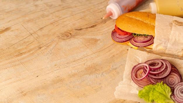Sándwich de primer plano con espacio de copia Foto gratis