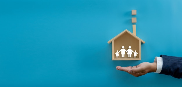 El seguro y la propiedad de mi vivienda cobertura patrimonio protección residencial accidente invertir y vivienda Foto Premium