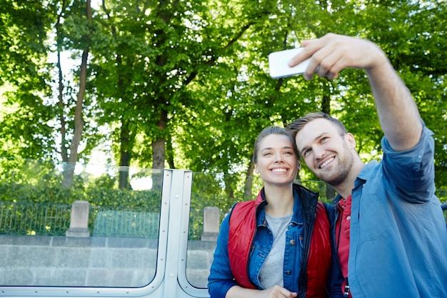 Selfie de viajeros Foto gratis