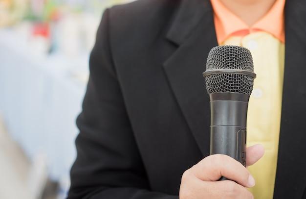 Seminario concepto de conferencia: manos con personas de negocios. Foto Premium