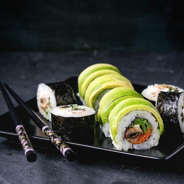 Set de rollos de sushi Foto Premium