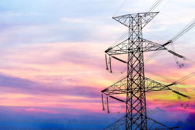 Silueta de estructura de poste eléctrico de alto voltaje Foto Premium