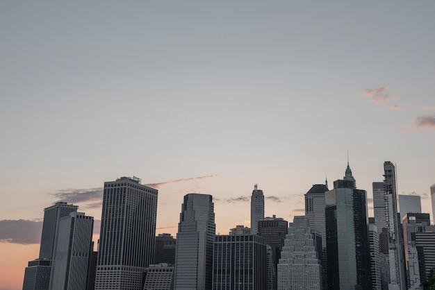 Skyline del distrito financiero de la ciudad de nueva york Foto gratis