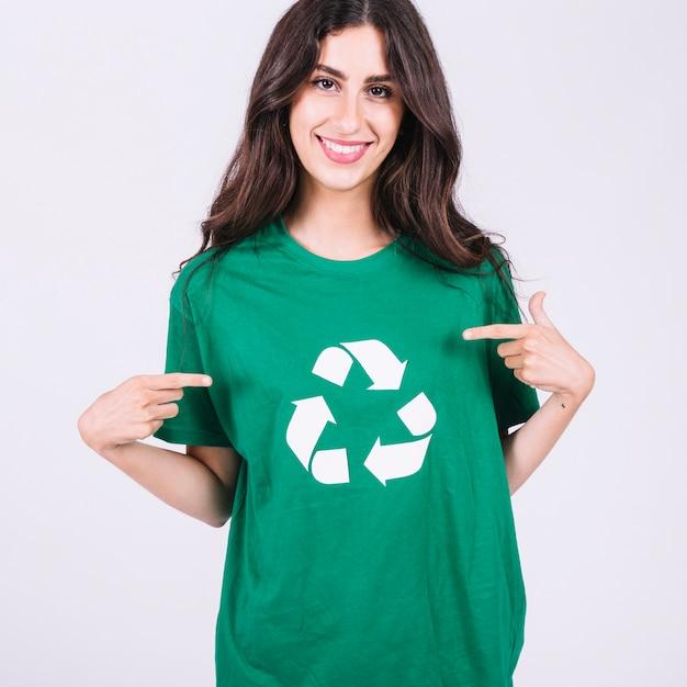 Sonriente Camiseta Icono Joven El A Muestra En Que Mujer De Verde v80mNnw